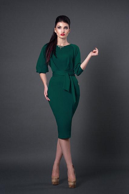 e7a2a04cf9b5f4d Трикотажное платье приталенное в зеленом цвете оригинальные рукава фонарики  - Оптово-розничный магазин одежды