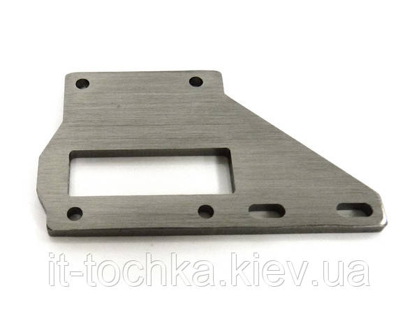 Center diff support plate 1p