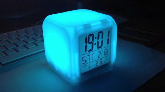 часы будильник
