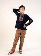 Трикотажная вышиванка для мальчика с длинным рукавом красный орнамент