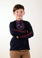 Красивая вышиванка для мальчика темно-синего цвета с машинной вышивкой