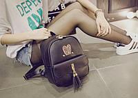 Рюкзак женский стильный с ушками и кисточками.
