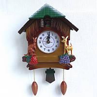 Настенные часы в виде сказочного домика с маятником