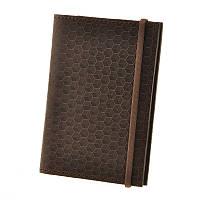 """Кожанная обложка для паспорта """"Карбон"""", орехового цвета"""