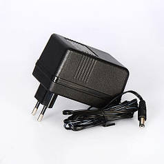 Зарядное устройство 12V/1A круглый штекер