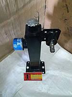Гидробак с кронштейном насоса-дозатора МТЗ-80.82 (ГОРу). Это специальная колонка для установки гидроруля, с ги
