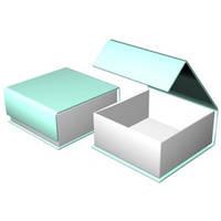 Коробка с откидной крышкой и клапаном на магните