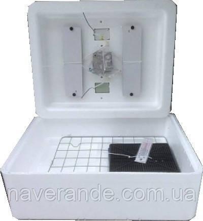 Инкубатор бытовой Несушка БИ-1 63 яйца (автоматический переворот)