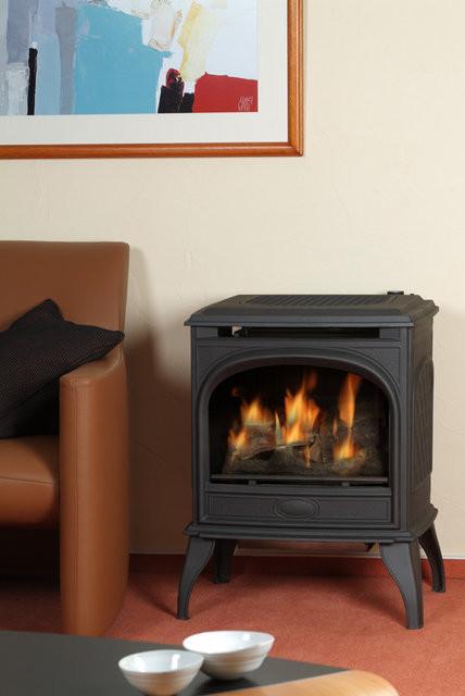 Чугунная печь Dovre 425 CB/E10 глянцевый черный эмаль- 8 кВт