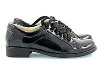 Женские лаковые туфли с маленьким каблуком на шнуровке, фото 1