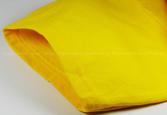 Жёлтая мужская плотная футболка