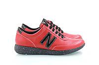 Красные женские кроссовки с черной подошвой New Balance, фото 1