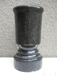 Вазочка из гранита СЛВ - 06