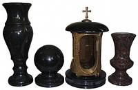 Гранитные вазочки и лампадки