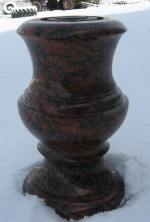 Гранитная вазочка СЛВ - 30