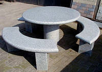 Лавки и стол из гранита