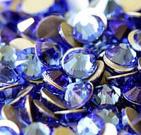 Стразы Swarovski Light Sapphire SS3