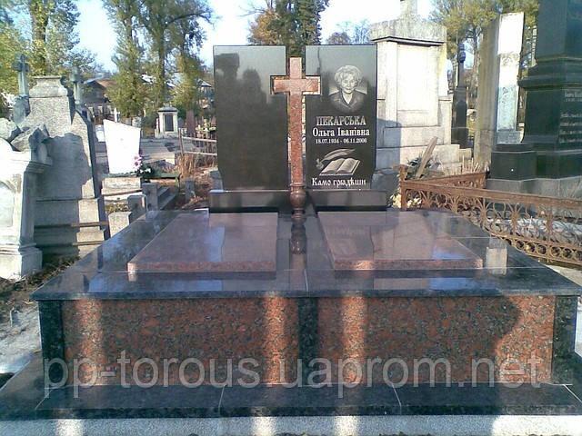 Надгробные памятники из гранита и мрамора фото цена в челябинске памятники город оренбург