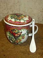 Подарочная чашка-заварник с ложкой и крышкой в коробке