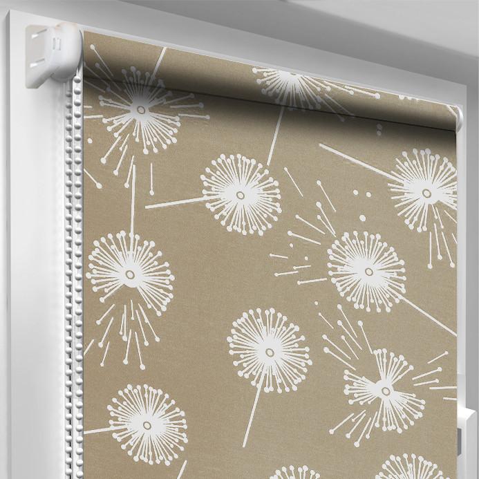 Рулонная штора DecoSharm Цветы 5428/2 Светло-коричневая