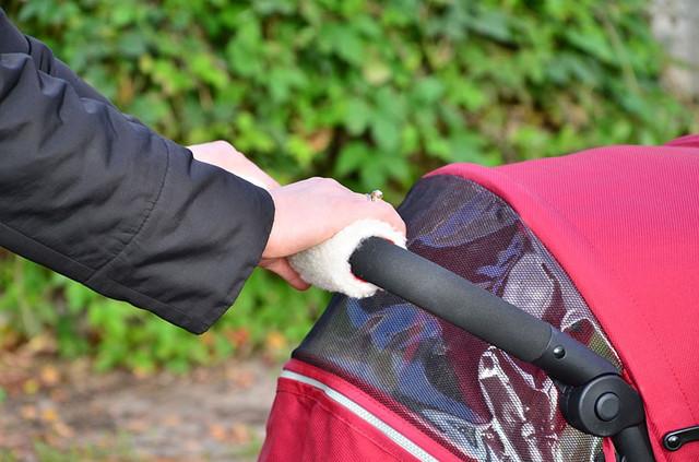 Фото прихваток на ручке коляски