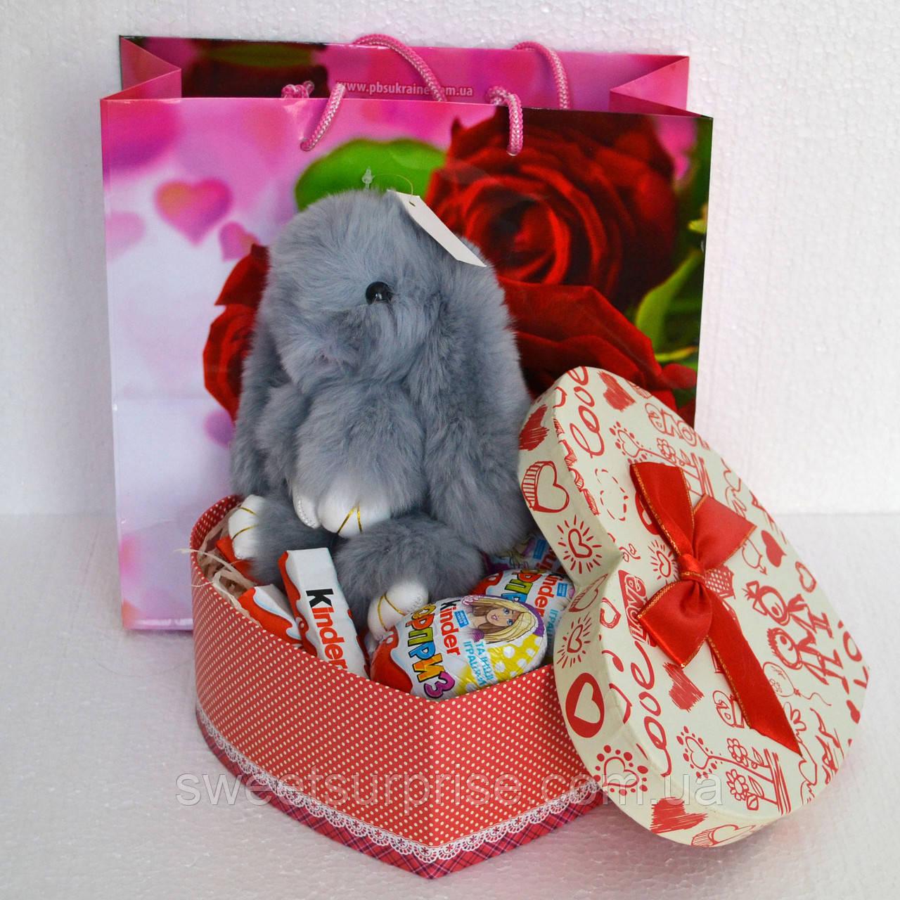 Смачний подарунок на День закоханих з зайчиком