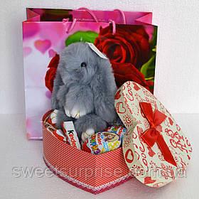 Вкусный подарок на День влюбленных с зайчиком