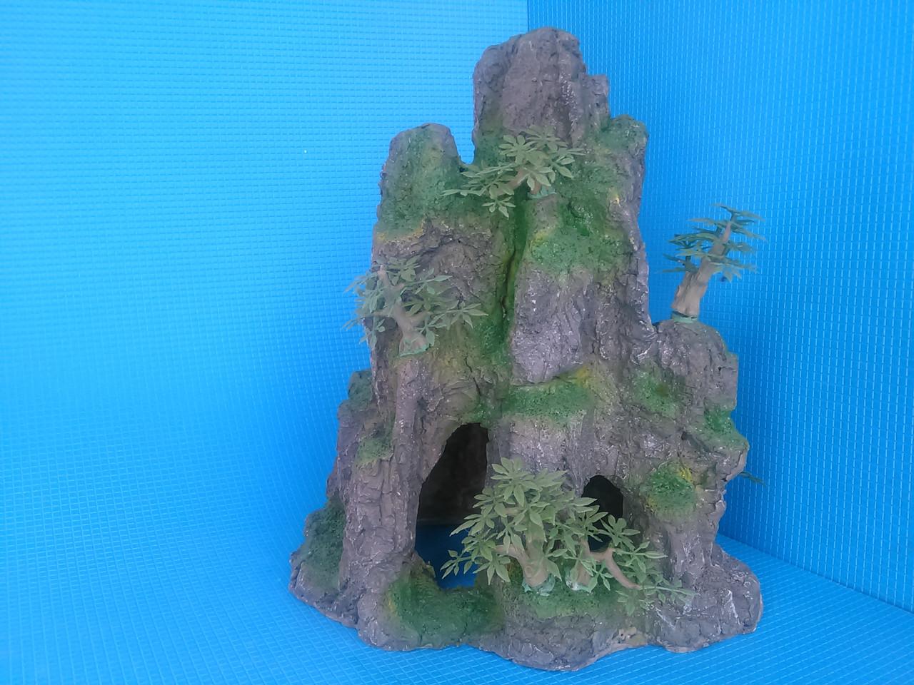 Скала с деревцами QD--003