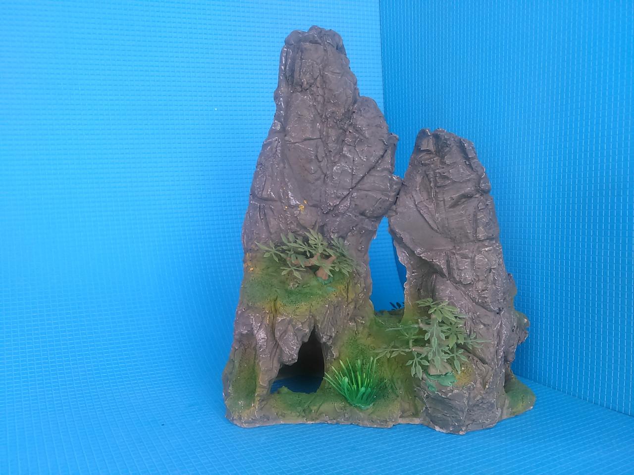 Скала с деревцами KD--055