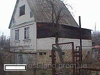 Дача кирпичная рядом с речкой Стугна