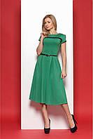 Молодежное платье миди длины в стиле ретро