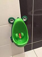 Детский туалет горшок писсуар для мальчиков Лягушка с прицелом