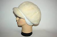 Светлая женская норковая шапка (берет) с козырьком, фото 1