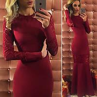Красивое бордовое  длинное трикотажное платье со вставками гипюра. Арт-9734/12