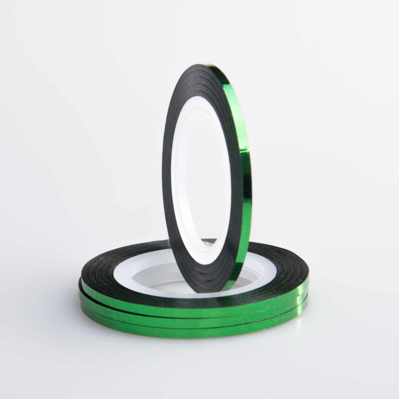 Цветная декоративная лента для дизайна ногтей 0,8мм, цвета в ассортименте