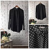 Элегантная блуза с принтом polka dot в черно-белой гамме
