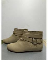 Ботинки женские короткие светло-бежевые с пряжкой Pull@Bear, фото 3