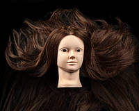 Учебная голова-манекен для парикмахера и мастера makeup, 65-70 см. 80% натуральных волос.