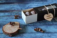 Шоколадное печенье в черной, приятной на ощупь коробке (B4)