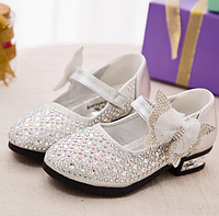 Нарядні туфельки для дівчаток