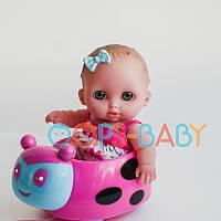 Кукла Bibi Berenguer на машинке, 21 см