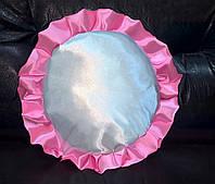Подушка атласная круг, рюш розовый
