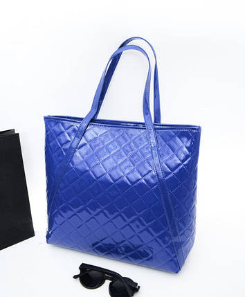 Большая лакированная стеганая сумка, фото 2