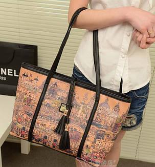 Вместительная сумка баула с кисточками и принтом города + клатч кошелек, фото 2