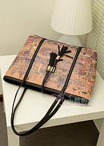 Вместительная сумка баула с кисточками и принтом города + клатч кошелек, фото 3