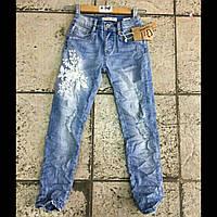 Подростковые джинсы на девочку рваные с вышивкой DREAM GIRL