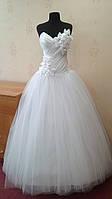 Новое белое свадебное платье с необыкновенными цветами, размер 40-44