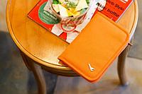 Органайзер оранжевый для путешествий и командировок