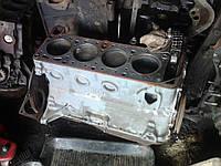 Блок цилиндров 2103 ВАЗ 2101 2102 2104 2105 2106 2107 после проточки новые поршня
