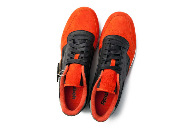 НА фото можно reebok classic кроссовки мужские купить
